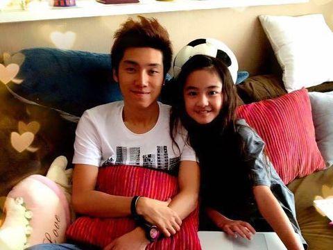 Zhang Muyi dengan Miki Akama