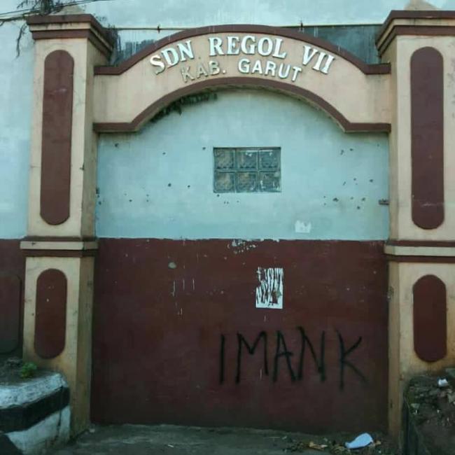 gerbang gaib sdn regol 7 garut