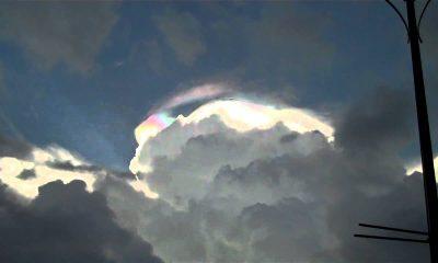 Heboh! Ada UFO Bersembunyi di Balik Langit Filipina