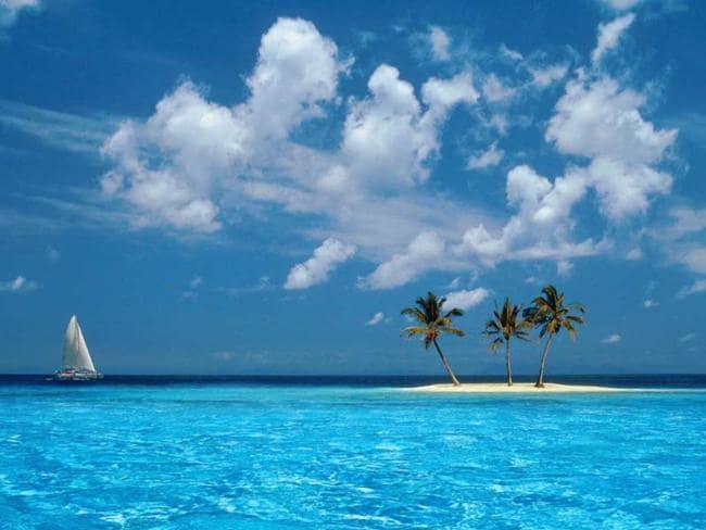 Terletak di Lautan Karibia dan dekat dengan Pulau Caymand