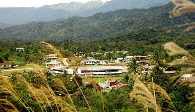 Di Long Bawan, Tidak terdapat jalan darat