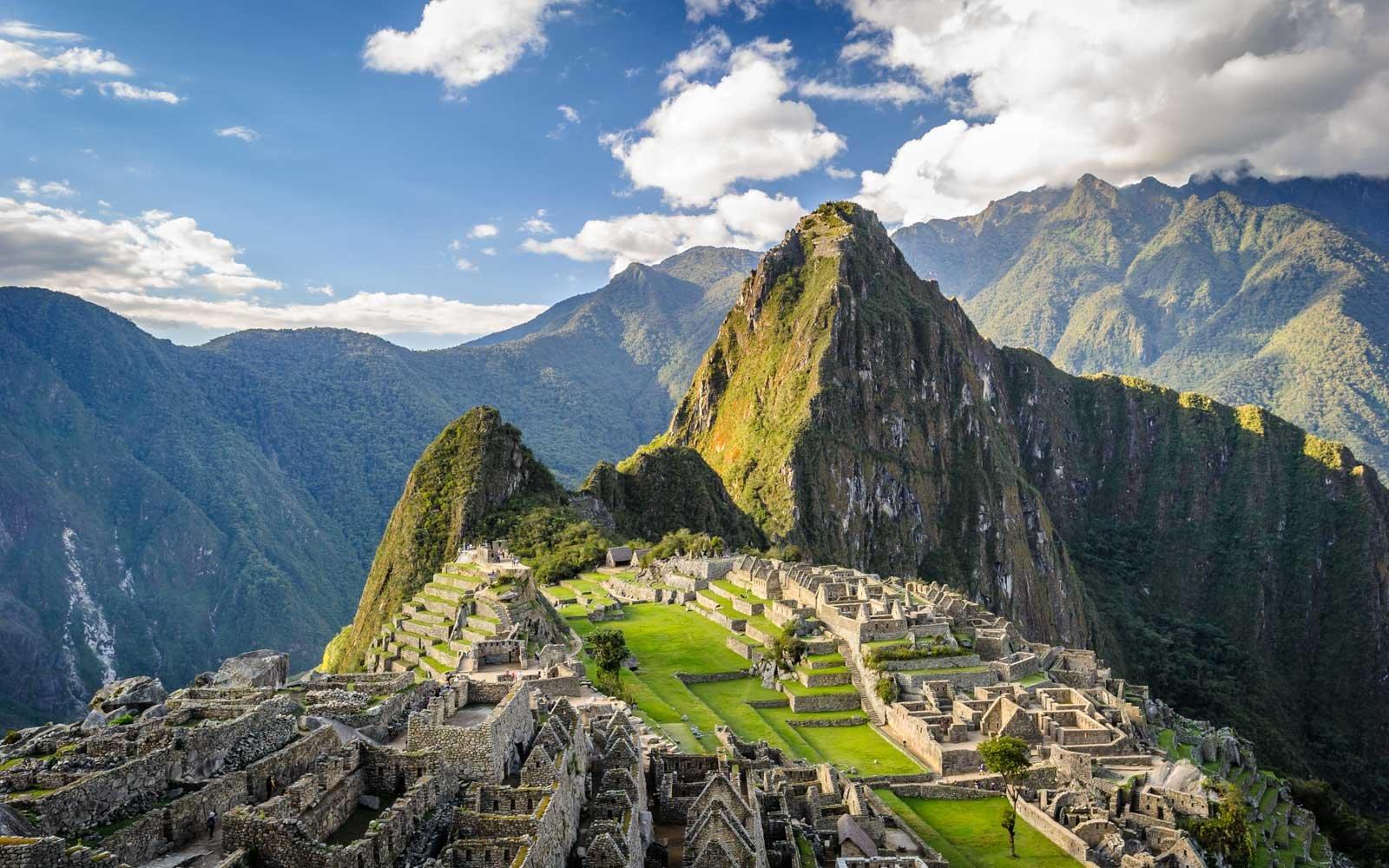 Dewa Bumi Peru